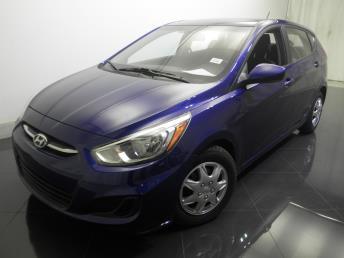 2015 Hyundai Accent - 1730016372