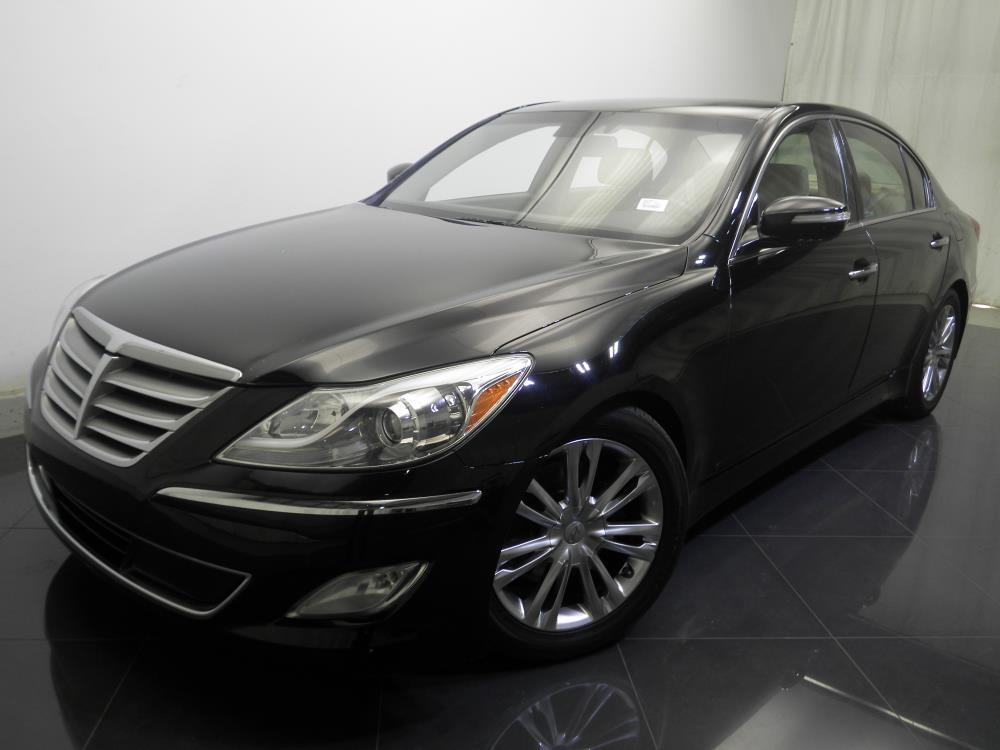 2012 Hyundai Genesis - 1730016579