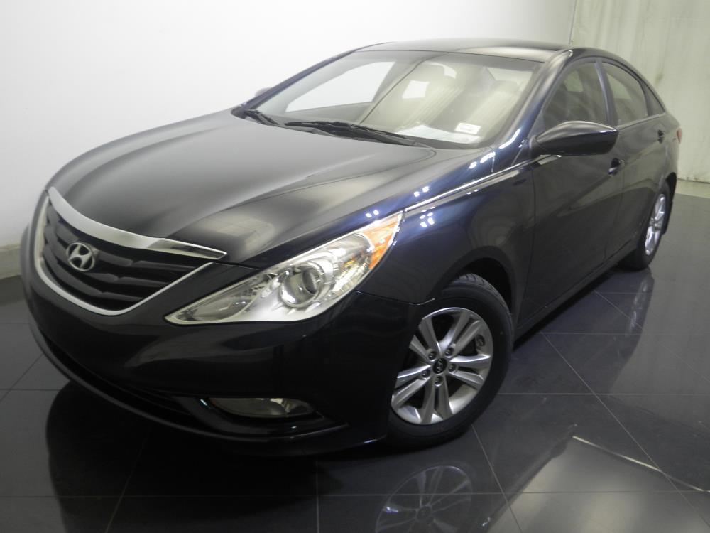 2013 Hyundai Sonata - 1730017115