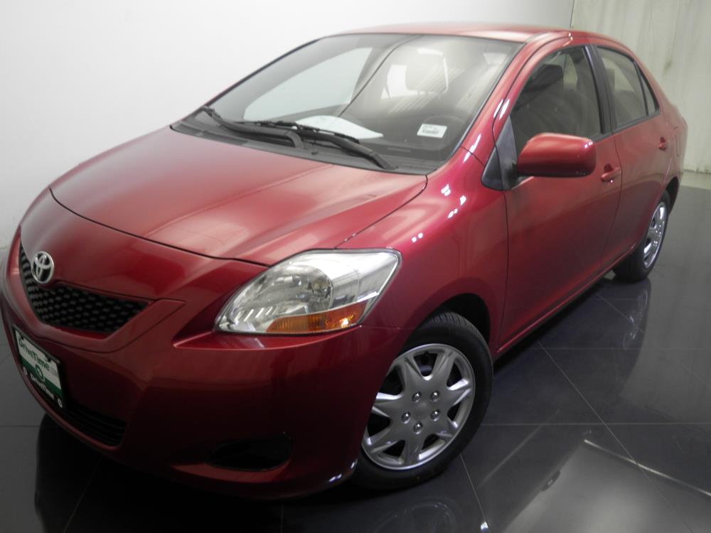 2011 Toyota Yaris - 1730017368
