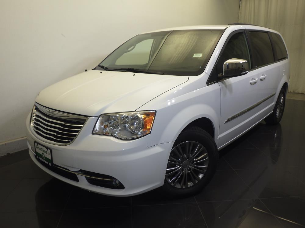 2014 Chrysler Town and Country Touring-L - 1730029436