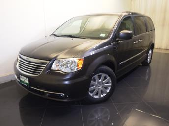 2015 Chrysler Town and Country Touring - 1730030721