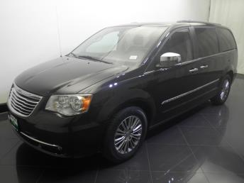 2014 Chrysler Town and Country Touring-L - 1730032219