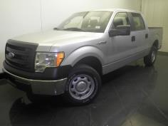 2014 Ford F-150 SuperCrew Cab XL 5.5 ft