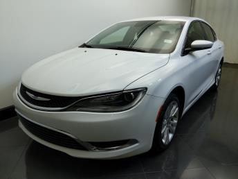 2016 Chrysler 200 Limited - 1730033327