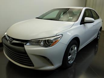2016 Toyota Camry LE - 1730034405