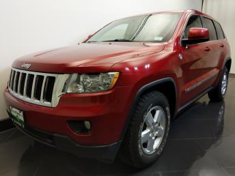 2011 Jeep Grand Cherokee Laredo - 1730035041