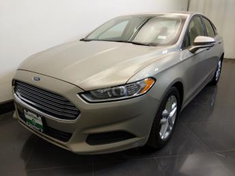 2016 Ford Fusion SE - 1730037586