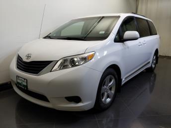 Used 2012 Toyota Sienna