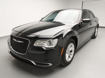 2015 Chrysler 300 300 Limited - 1740001076