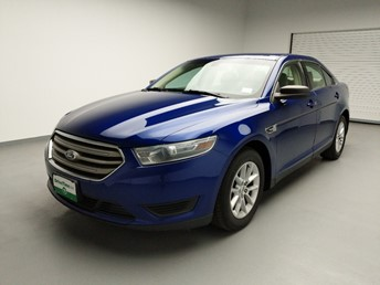 2013 Ford Taurus SE - 1740001845