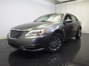 2013 Chrysler 200 - 1770005001