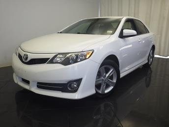 2014 Toyota Camry XLE - 1770005707
