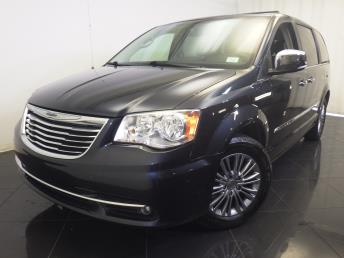 2014 Chrysler Town and Country - 1770006116