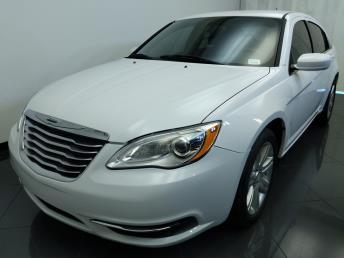 2013 Chrysler 200 Touring - 1770006906